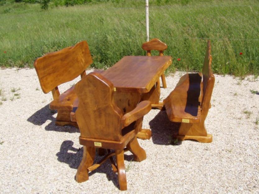 Rustikale Möbel aus Massivholz für Garten, Terrasse, Gaststätte