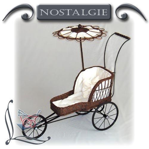Nostalgie-Puppenwagen Garnierung aus Baumwolle und Lilienmotiv