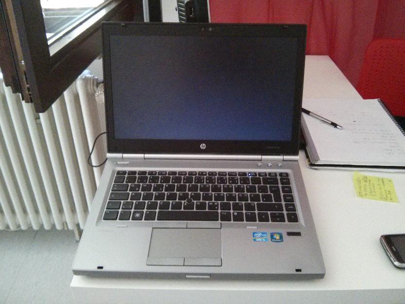 Hp 8460p elitebook+Docking-S + Bildschirm und Tastatur (Dell)