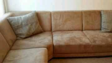 Ein gepflegter microfaser Couch