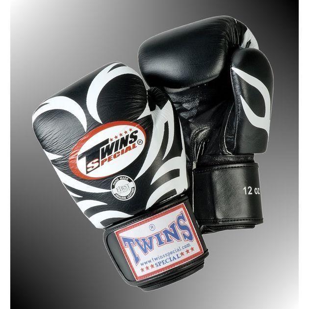 Boxhandschuhe mit Tribal-Druck von TWINS®, schwarz 10 Oz.