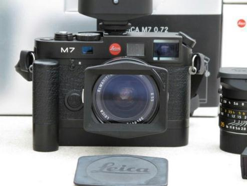 Leica M7 0.72 Black, 3 Objektive, Filter, Motor, Flash