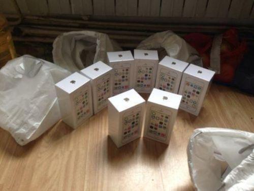 Apple iPhone 5S 6 4 G B, Rechnung, Frei für alle Netze !!